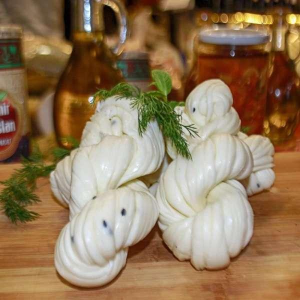 Halep Usulü Çörek Otlu Burma Peyniri 1 Kg